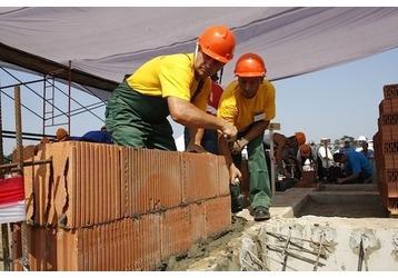 Джамшуды рулят: Профессия строителя оказалась самой востребованной в России, фото — «Реклама Кубани»