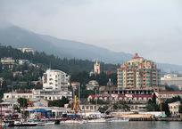 Сколько стоит снять квартиру в Крыму на майские праздники?, фото — «Рекламы Черноморского»
