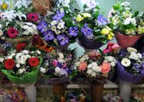 Розы по 200 рублей за штучку и букет за 3000: сколько стоят цветы в Крыму накануне 8 Марта, фото — «Рекламы Черноморского»