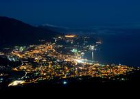 Яркие огни ночного полуострова Крым (ФОТО), фото — «Рекламы Симферополя»