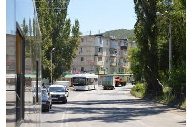 """""""Сольем 92 маршрут"""", - перевозчики массово препятствуют отправлению троллейбуса в Инкерман ВИДЕО, фото — «Рекламы Севастополя»"""