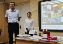"""Школьница из Севастополя запатентовала первый в мире тренажёр-""""автомат"""" для кошек ВИДЕО, фото — «Рекламы Севастополя»"""