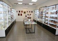 """В """"Херсонесе"""" открыли магазин сувениров с """"антивором"""" и голограммами ФОТО, фото — «Рекламы Севастополя»"""