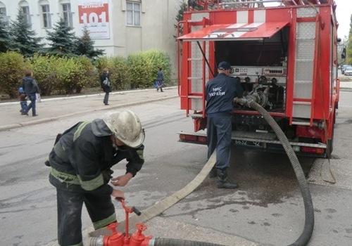 фото пожарных автомобилей на гидрантах #4