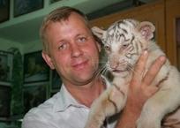 Владелец крымских зоопарков Олег Зубков сразу после суда уехал за границу, фото — «Рекламы Партенита»
