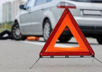 Автомобиль сбил сразу двух пешеходов в Симферополе: девушка в реанимации, фото — «Рекламы Симферополя»