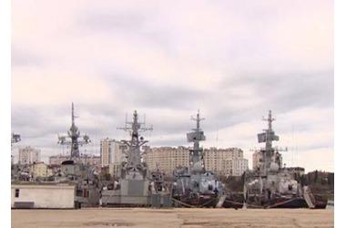 Украина не хочет забирать свою военную технику из Крыма, фото — «Рекламы Красноперекопска»