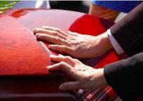 В Севастополе рассчитали стоимость похорон - 5 652 руб., фото — «Рекламы Севастополя»