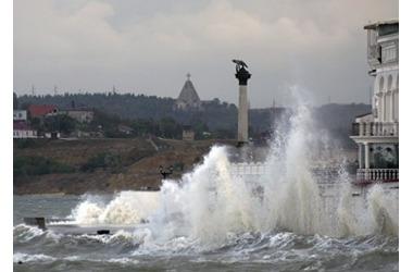 Экстренное предупреждение по Крыму и Севастополю: штормовой ветер и мороз до -12 , фото — «Рекламы Севастополя»