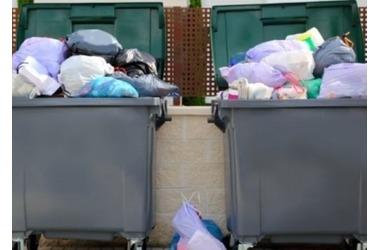 Аморальные расценки на вывоз мусора установлены в Севастополе, фото — «Рекламы Севастополя»