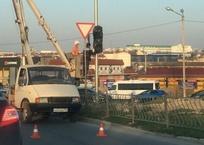 На пересечении Столетовского проспекта с Фиолентовским шоссе появился долгожданный светофор, фото — «Рекламы Севастополя»