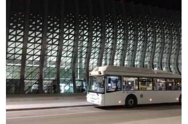 К новому симферопольскому аэровокзалу запустили ночные маршрутки, фото — «Рекламы Крыма»