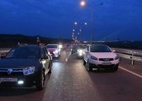 По Крымскому мосту началось движение транспорта ФОТО, ВИДЕО, фото — «Рекламы Черноморского»