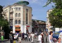 Category_v-yalte-prodadut-stareishuju-gostinitsu-v-tsentre-goroda-106839-2