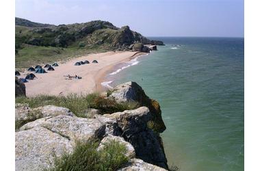 На Генеральских пляжах в Крыму морская вода стала коричневой ВИДЕО, фото — «Рекламы Фороса»