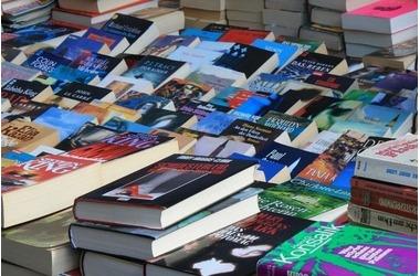 Мэр Симферополя: книжный рынок в городе доживает последние дни, фото — «Рекламы Крыма»