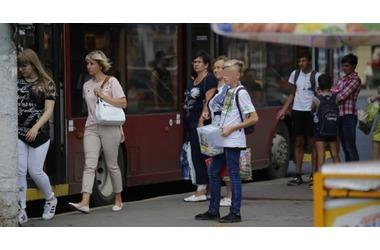 В Симферополе и Севастополе орудует шайка попрошаек, живущая за счет больных детей, фото — «Рекламы Крыма»