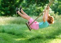 В Севастополе после падения с качели погибла 9-летняя девочка, фото — «Рекламы Севастополя»