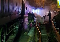 На крымской трассе горела белорусская фура, - ФОТО, фото — «Рекламы города Саки»