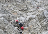 В Крыму туристка упала в ущелье: проходит спасательная операция, фото — «Рекламы Крыма»