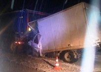 Смертельное ДТП на керченской трассе: столкнулись два грузовика, фото — «Рекламы Фороса»