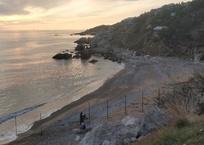 Единственный доступный пляж в Батилимане обносят забором, фото — «Рекламы Севастополя»