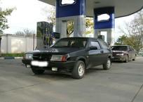 В Крыму будут продавать автозаправки Коломойского, фото — «Рекламы Алушты»