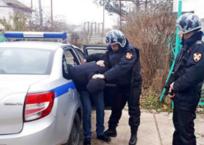 В Евпатории росгвардейцы задержали подозреваемого в грабеже, фото — «Рекламы Крыма»