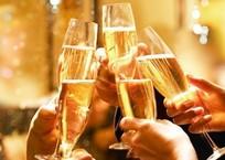 Эксперты рассказали, как крымчанам выбрать шампанское к Новому году, фото — «Рекламы Коктебеля»