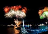 Главная елка, новогодняя ночь и ледовый каток: что ждет севастопольцев в ближайшие праздники, фото — «Рекламы Севастополя»