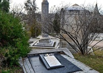 С могилы героя Крымской войны в Севастополе исчезло старинное надгробие ФОТО, фото — «Рекламы Севастополя»