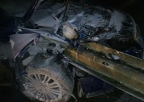На крымской трассе машину на большой скорости проткнул отбойник ФОТО, фото — «Рекламы Симферополя»