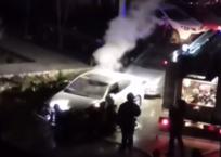 В Севастополе неизвестный поджег автомобиль, фото — «Рекламы Севастополя»