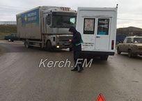 В Крыму столкнулись фура и маршрутка ФОТО, фото — «Рекламы Красноперекопска»