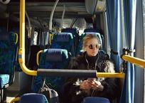 Севастопольские водители маршруток высаживают пассажиров из-за отсутствия сдачи, фото — «Рекламы Севастополя»