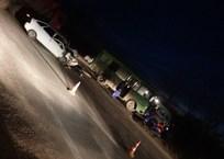 Под Симферополем столкнулись автобус и легковушка ФОТО, фото — «Рекламы Бахчисарая»
