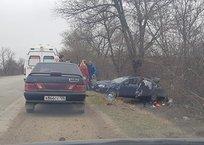 В Крыму авто с ребенком слетело в кювет и перевернулось, фото — «Рекламы Крыма»