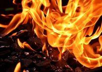 На пожаре в Крыму погиб человек, фото — «Рекламы Черноморского»