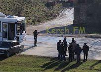 """В Крыму автобус столкнул """"Жигули"""" на газон - фото, видео, фото — «Рекламы Ялты»"""