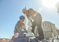 Устанавливают алемы: Как идет строительство Соборной мечети в Крыму ФОТО, фото — «Рекламы города Саки»