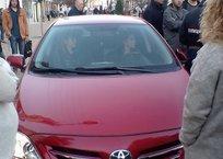 Сбившая на пешеходной зоне в Симферополе кота женщина написала заявление о порче машины, фото — «Рекламы Фороса»