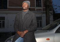 В одном черном-черном такси: удивительная история африканского водителя в Крыму, фото — «Рекламы Керчи»