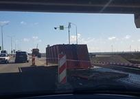 Водитель грузовика потерял кузов под мостом на трассе в Крыму ФОТО, фото — «Рекламы Красноперекопска»