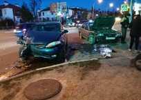 В Севастополе водитель без прав врезался в пьяного водителя ФОТО, фото — «Рекламы Севастополя»
