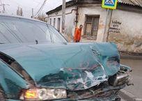 """На """"проклятом перекрестке"""" в Симферополе перевернулся микроавтобус ФОТО, ВИДЕО, фото — «Рекламы Симферополя»"""