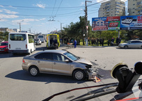 На проспекте Генерала Острякова не разошлись VW и Daewoo ФОТО, фото — «Рекламы Севастополя»