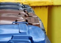 В Севастополе неизвестные воруют и портят мусорные контейнеры, фото — «Рекламы Севастополя»