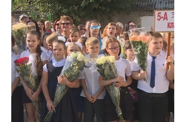 В севастопольских школах сегодня прозвенел последний звонок, фото — «Рекламы Севастополя»