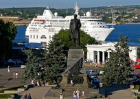 Площадь Нахимова перекроют для транспорта почти на неделю, фото — «Рекламы Севастополя»