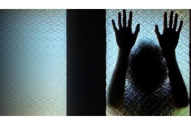Крымские полицейские спасли женщину от суицида ФОТО, фото — «Рекламы Симферополя»